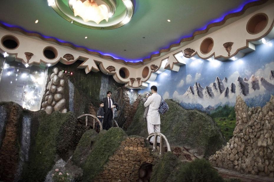 http://www.sandracalligaro.com/files/gimgs/th-34_CALLIGARO_AFGHAN DREAM_03_v2.jpg